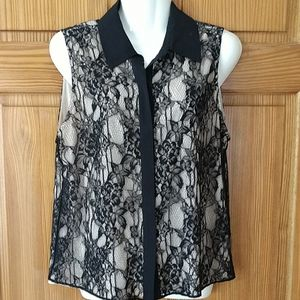 Alice + Olivia lace sleeveless blouse. Size M